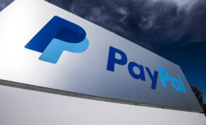 CVS Pharmacy Adds Paypal Holdings Inc (NASDAQ:PYPL) And Venmo QR Code Payment Modes