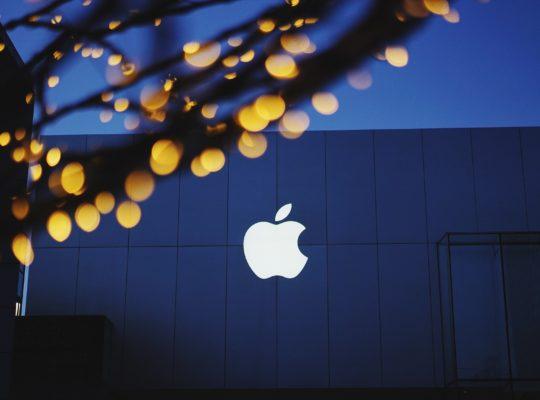 Apple Inc (NASDAQ:AAPL) Pushed To Explain Why It Send Safari Data To Tencent
