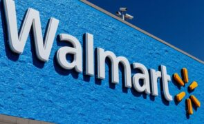 Walmart Inc. (NYSE:WMT) Removes Minimum Order Value For Free Shipping For Walmart+ Members