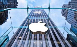 Apple Inc. (NASDAQ:AAPL) Launching Online Apple Store For Its Customers In India