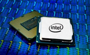 Intel Corp (NASDAQ:INTC) Set For A lead In Computing battle With Advanced Chip Packaging Tech