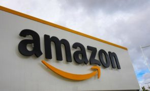 Amazon.com Inc. (NASDAQ:AMZN) Is Building A Hand-Scanning Payment Service