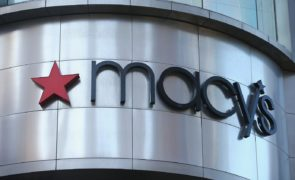 Macy's Inc. (NYSE:M) To Close 125 Stores In The Next Two Years As It Continues To Struggle With Sales