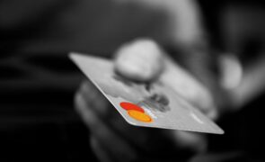 MasterCard (NYSE:MA) Partners With Idemia and MatchMove On Contactless Biometric Credit Card