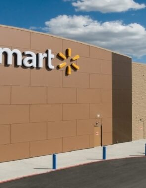 Walmart Inc. (NYSE:WMT) Partners With Cruise To Pilot Autonomous Vehicle Deliveries In Scottsdale, Arizona