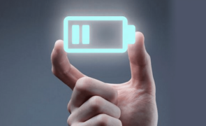 The Big Trade: Battery Stocks Set for Dominance in Electric Age? (KULR, ALB, QS, RMO)